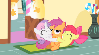 Scootaloo My Little Pony Friendship Is Magic Wiki Fandom Why can't chicken wing horse fly she a pegasus. to this i think it may be a genetic issue, not one with her wings, but with her body. my little pony friendship is magic wiki