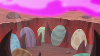 Dragon eggs under the pink flames S9E9