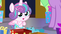Flurry Heart clapping her hooves S7E3