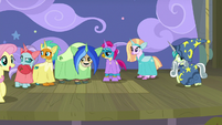 Fluttershy introducing the Young Six on stage S8E7