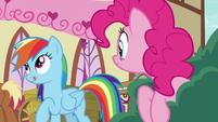 Rainbow Dash licking her lips S7E23