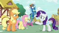 Rarity pointing at sleeping Fluttershy S8E18