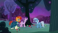Starlight introduces Trixie to Sunburst S7E24