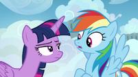 Twilight glaring disapprovingly at Rainbow Dash S6E24
