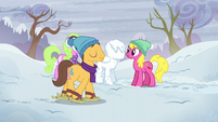 Cherry Berry, Daisy, and Caramel with a snowpony S5E5