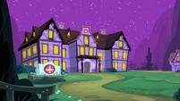 Hospital Exterior Night S2E16