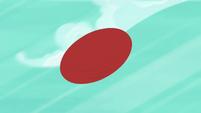 Pinkie Pie's ball sails toward Fluttershy S6E18
