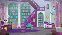 RD and Starlight burst into Twilight's office S8E25