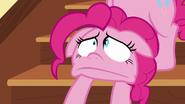 S05E19 Zmarszczona twarz Pinkie