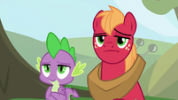 Spike and Mac look unamused at Discord S9E23