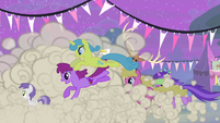 Ponies running S4E14