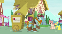 Rockhoof calling out to Cranky Doodle S8E21