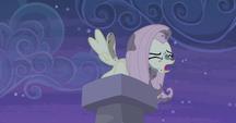S05E02 Fluttershy w kominie