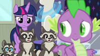 Smoky's family chittering behind Spike S8E4