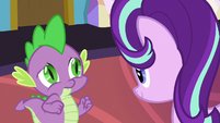Spike trying to keep Starlight's attention S7E1