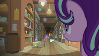 Starlight sees Twilight and Sunburst down the aisle S7E24