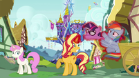 Sunset throws Sci-Twi and RD into the bushes EGSB