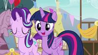 Twilight Sparkle congratulating Spike S7E15