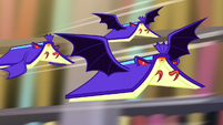 Bat-winged books fly after Twilight S5E13