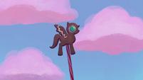 Gingerbread pony -beat it, windigos!- S5E20