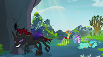Pharynx stomps away from scared changeling S7E17