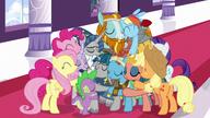 S07E26 Wielki uścisk głównych postaci, Stygiana i Filarów Equestrii