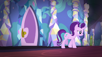 Starlight sadly walks away from Sunburst's room S7E24