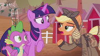 Applejack mentions war with King Sombra S5E25