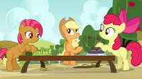 Applejack singing --workin' together thankfully-- S3E8