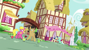 Lyra and Bon Bon propose in the background S9E23.png