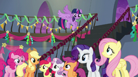 Main five and CMC look worried S6E7
