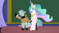 """On Stage """"leaving the station!"""" S8E7"""