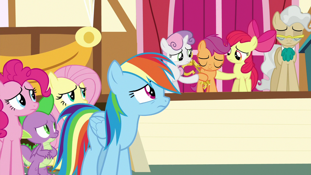 Category Apple Bloom Images My Little Pony Friendship Is Magic Wiki Fandom Rainbow dash's main tic is constantly being in the air, even when she's doing nothing but hovering in place. pony friendship is magic wiki