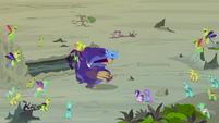 Thorax and Pharynx make the maulwurf hit itself S7E17