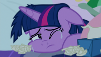 Twilight Sparkle crying in bed S8E2