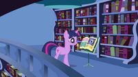 Twilight finds -Mare in the Moon- entry in second book S1E01