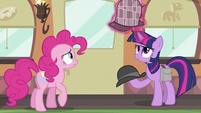 Twilight switching hats again S2E24