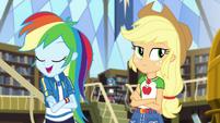 Rainbow -in half the time as Applejack- CYOE2