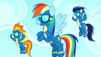 Rainbow Dash annoyed by Pinkie's music S8E18