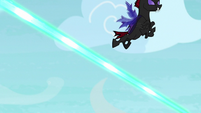 Pharynx swooping over Starlight's magic beams S7E17