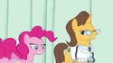 Pinkie Pie animation error cut leg S2E16