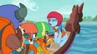 "Rainbow Dash ""leader of my activity"" S8E9"