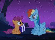S03E06 Rainbow pociesza Scootaloo