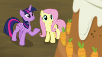"""Twilight """"more than just a cake"""" S5E23"""