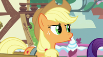 "Applejack ""fashion just ain't my bag of oats"" S7E9"