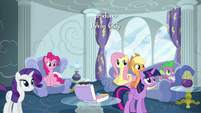 Main five and Spike in Rainbow's house S6E7