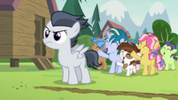 Pipsqueak and campers cheering for Rumble S7E21