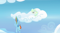 Rainbow diving down from Vapor's cloud S6E24