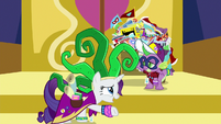 """Rarity """"putting my hooves up as well"""" S9E19"""