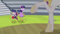 Twilight and Spike looking at Celestia S8E7
